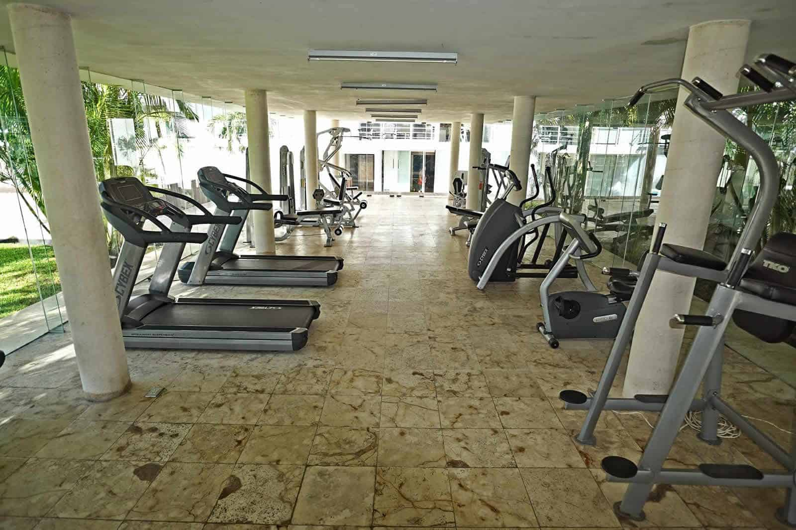 Magia PH1F gym is spacious and air conditioned