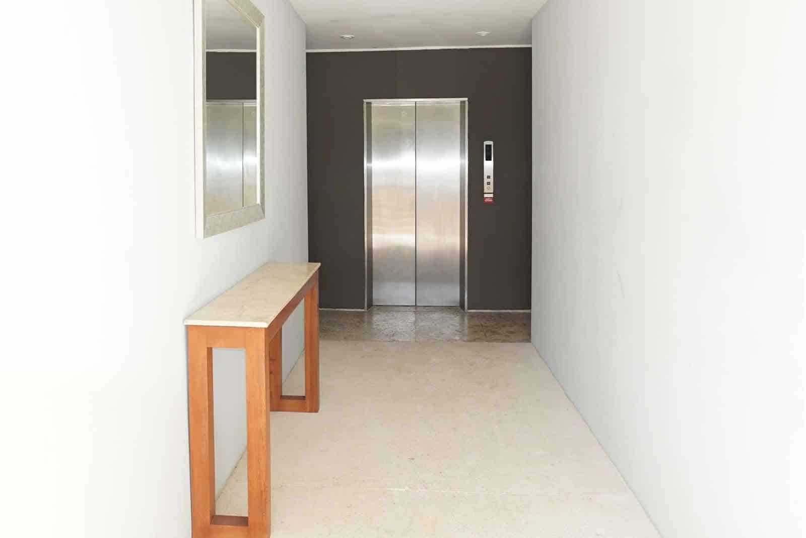 Magia PH1F elevator dedicated to only 6 residences