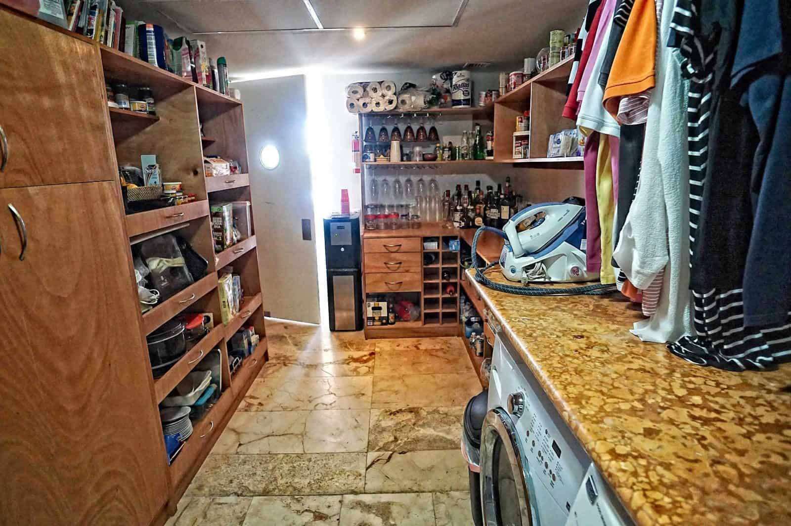 Magia penthouse enormous chef's kitchen pantry