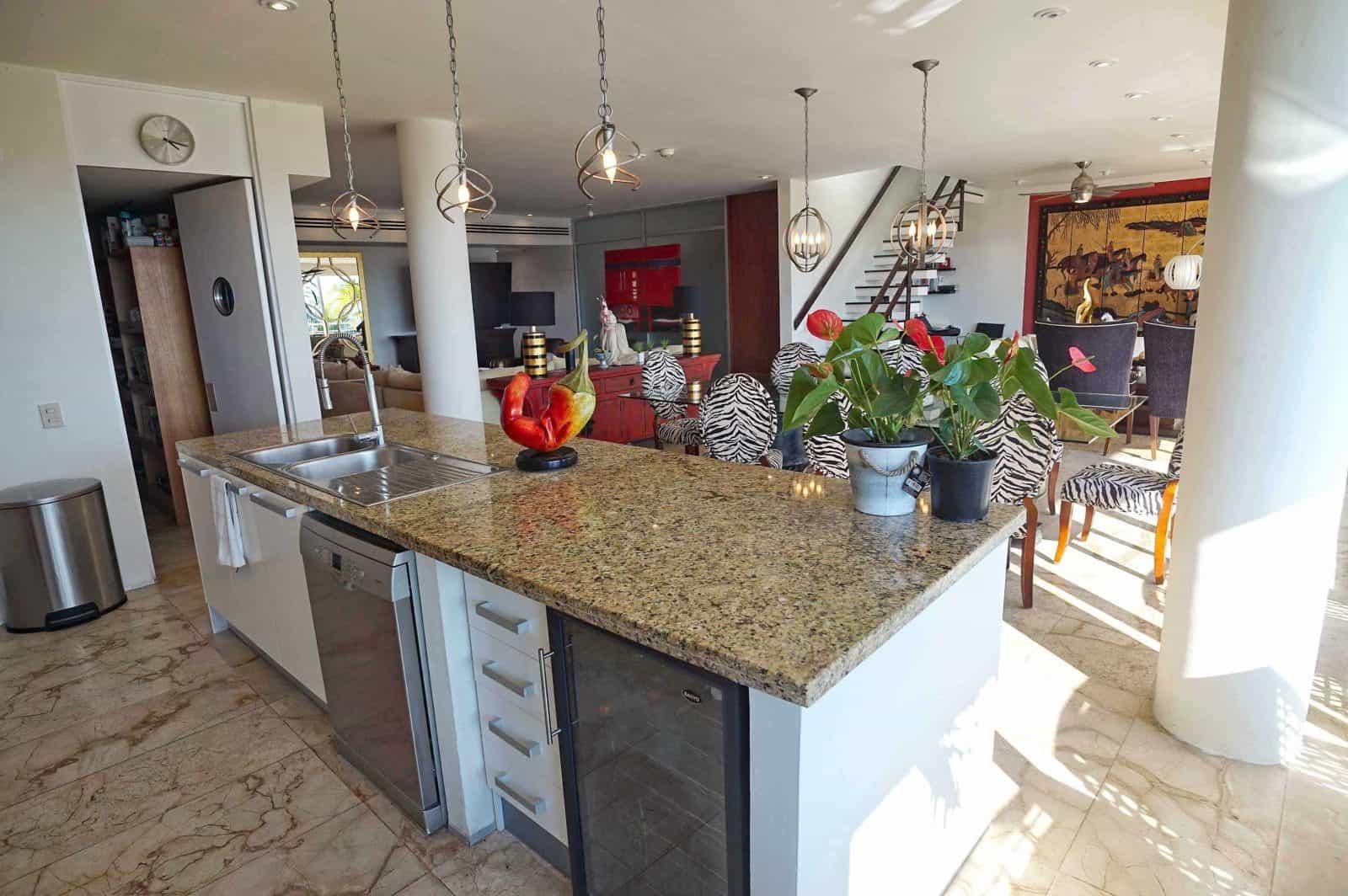 Magia penthouse open kitchen