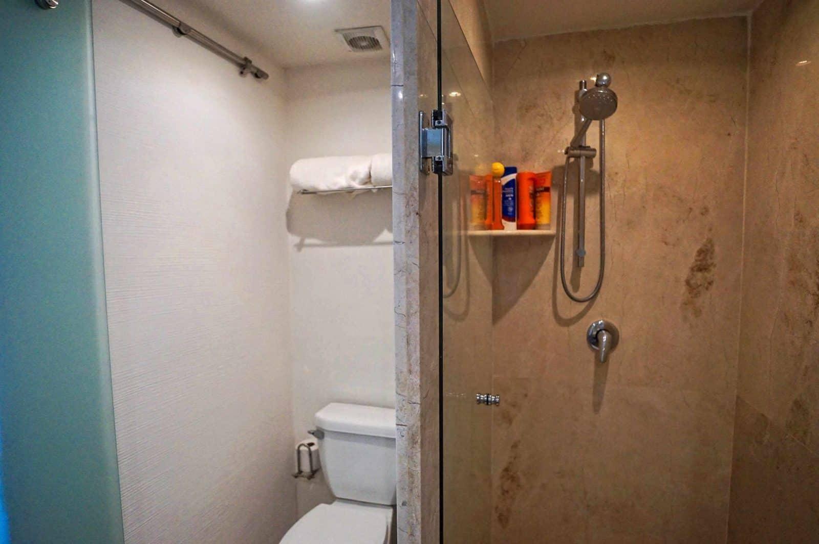 Magia penthouse ensuite bathrooms